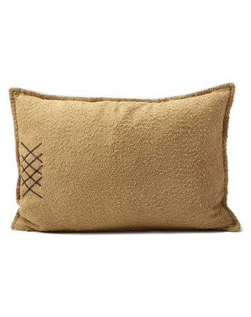 Maestro Cushion Spun Gold 40x60
