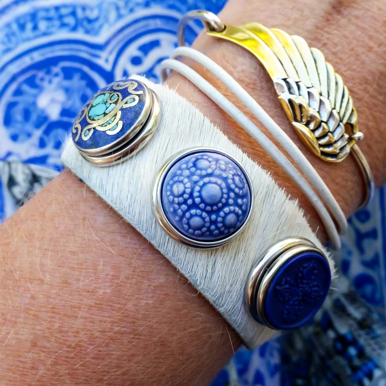 Noosa Amsterdam White Cowhide Bracelet with Blue Chunks