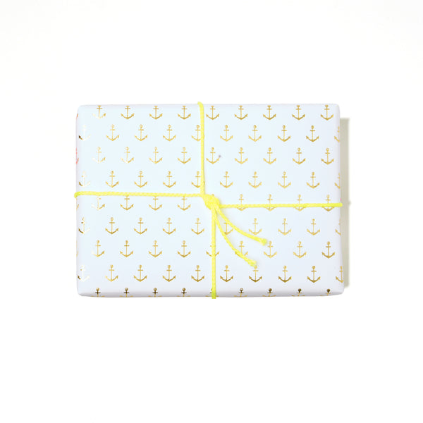 Anchors Wrap | White
