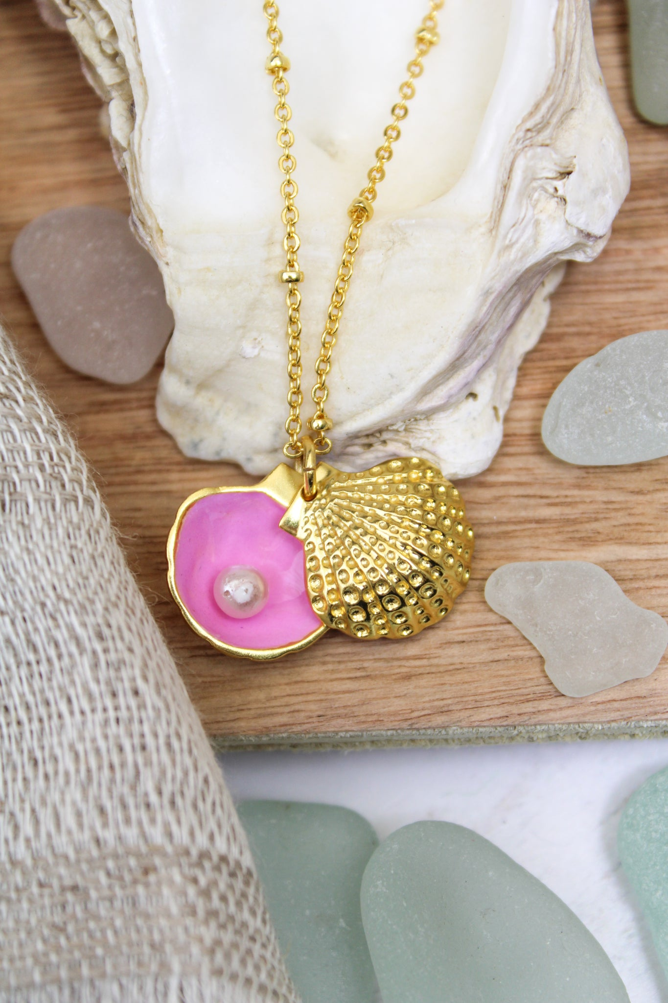 PINK ENAMEL GOLD SHELL CHARM NECKLACE