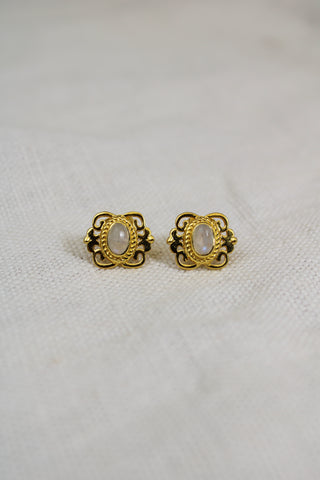 VINTAGE GOLD RAINBOW MOON STONE CABUSHION STUDS