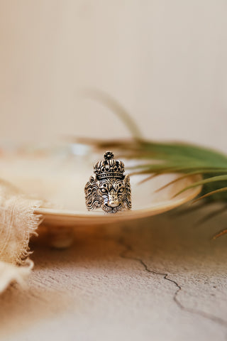 SILVER REGAL LION RING