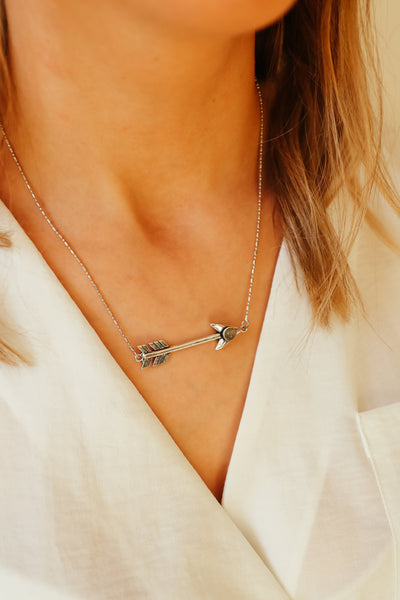 SILVER LABRADORITE ARROW NECKLACE