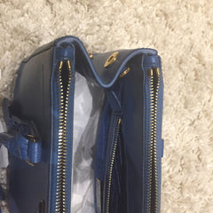 *new* Prada Saffiano Bag - Small