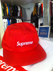 *new* Supreme Iridescent Ripstop Camp Cap (red)