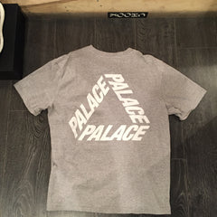 *new* Palace P3 Tee - Grey DS XL