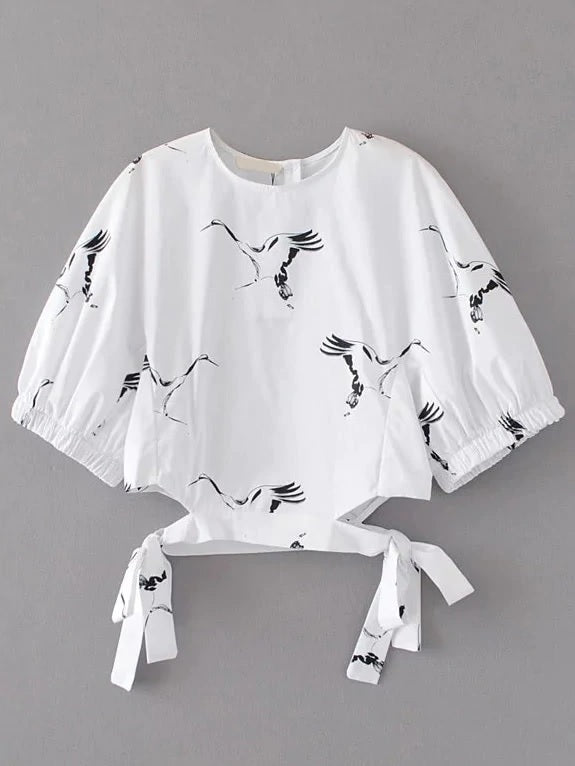Style a Go-Go Birds Flyin' High Cut Out Top