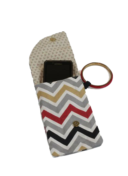 Dream Team Wristlet - Grey/Gold Chevron