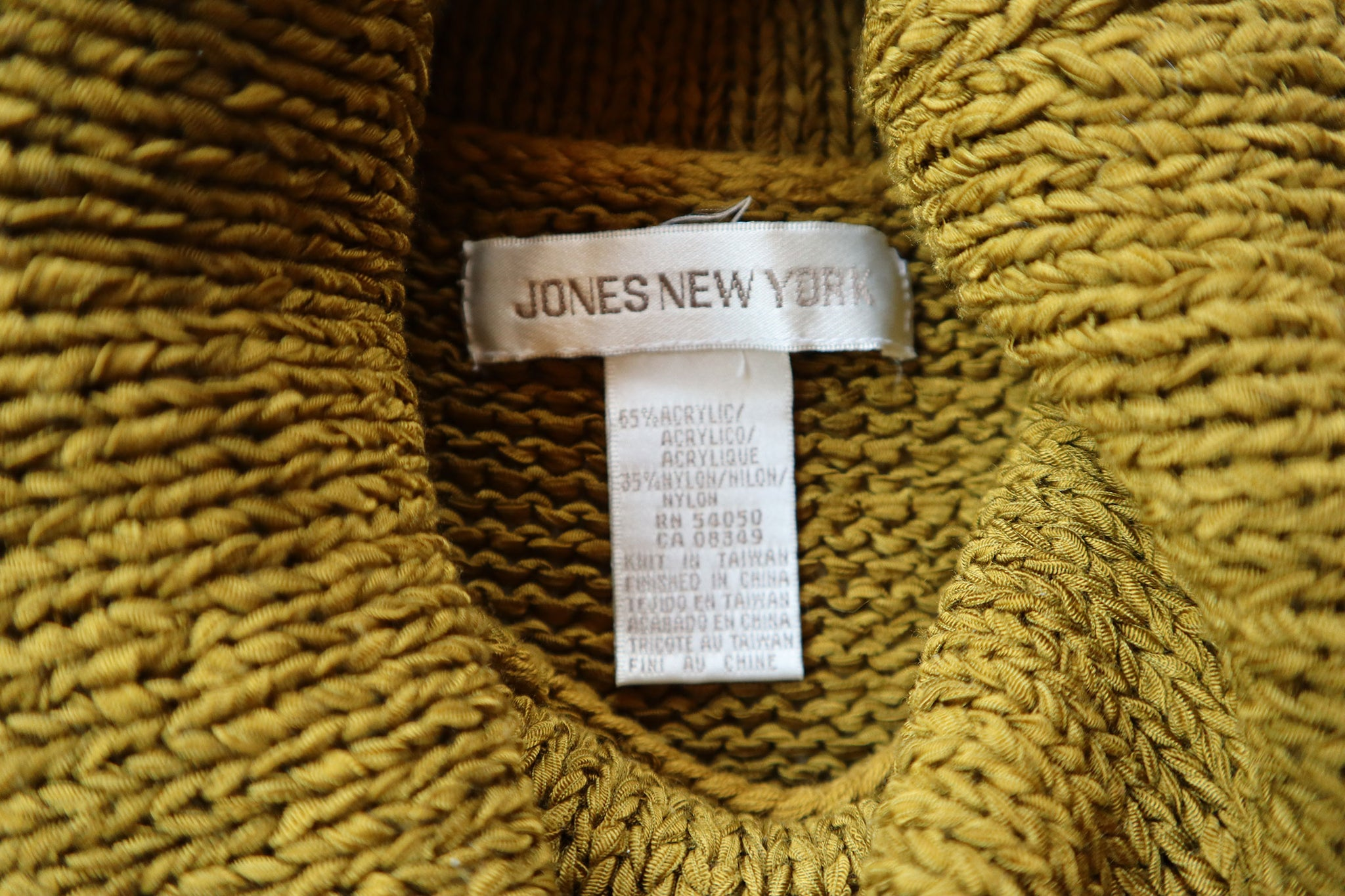 Jones NY Pea Green Woven Knit Sleeveless Turtleneck Sweater