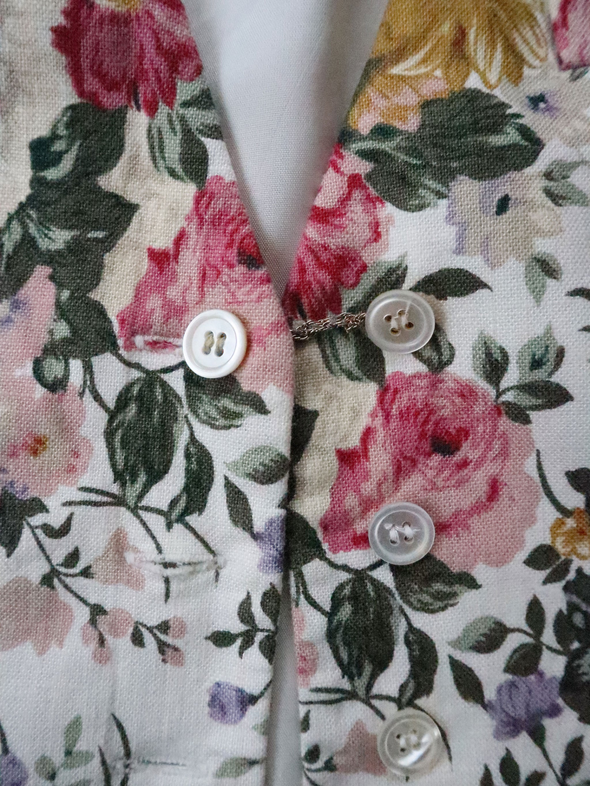Vintage 90s JH Collectibles Linen Blend Floral Vest