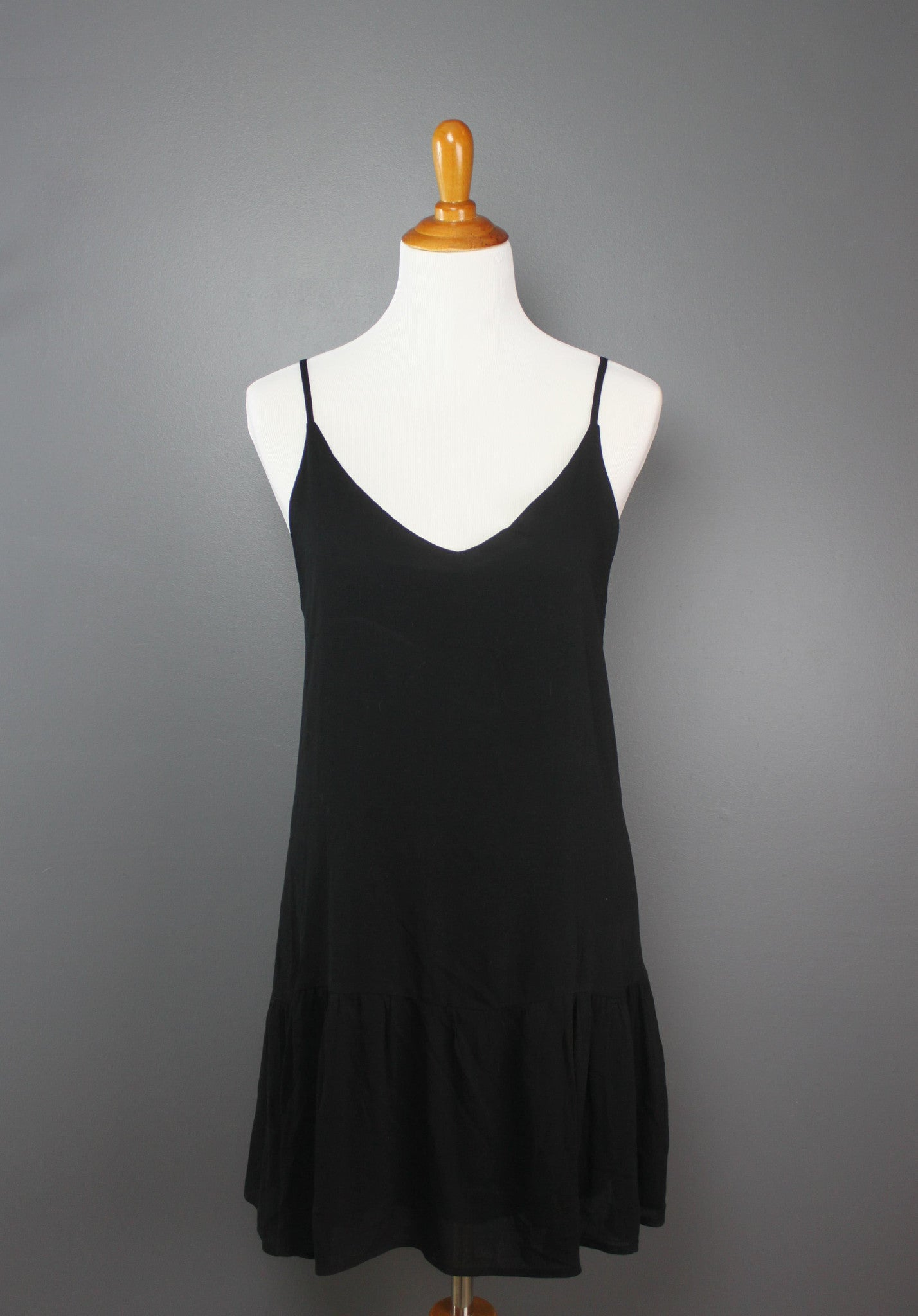 The Minimalist Dress