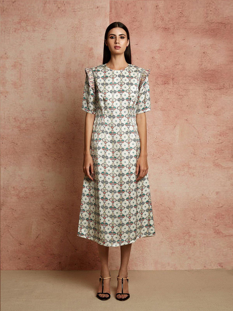 IVORY FITTED DRESS - rangjaipur
