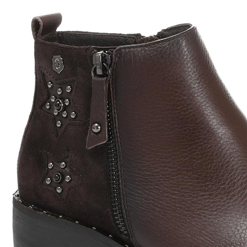 Embellished Leather Ankle Boot - XTI30559 / 316 891