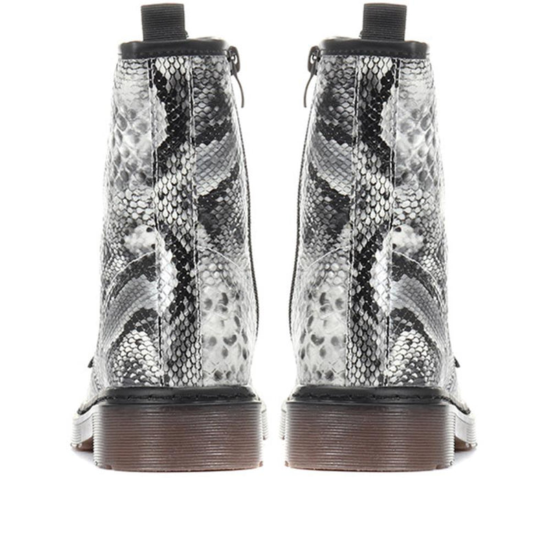 Snake Print Ankle Boot - XTI30543 / 316 878