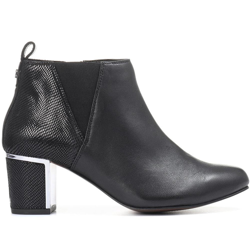 Wide Fit Heeled Leather Ankle Boots - VAN28504 / 313 824