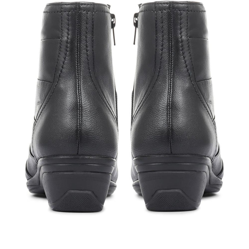 Leather Ladies Ankle Boots - KF32031 / 319 295