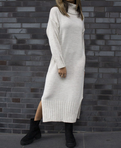 Knitted dress beige