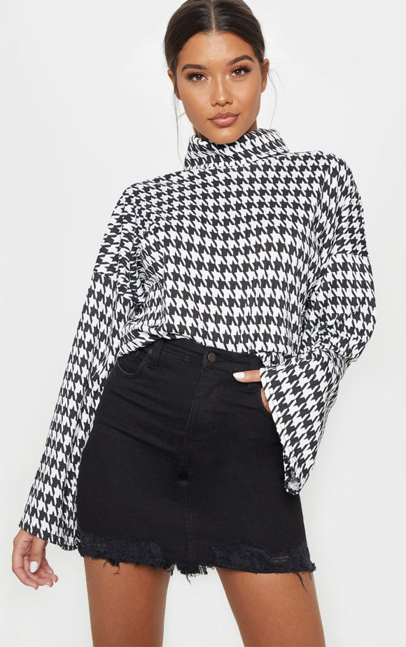 Mono Dogtooth Print Roll Neck Oversized Sweater - fashion.type.com