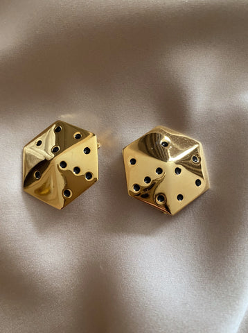 House_of_desh_vintage_escada_earrings_dice