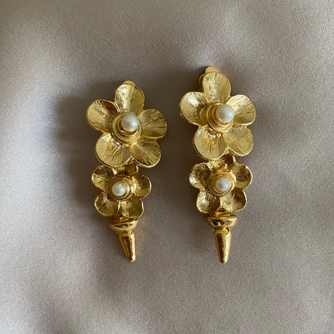 house_of_desh_clip_on_earrings_flowers_ pearls