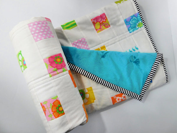 Wiggly Squares Baby Quilt | Nursery Decor