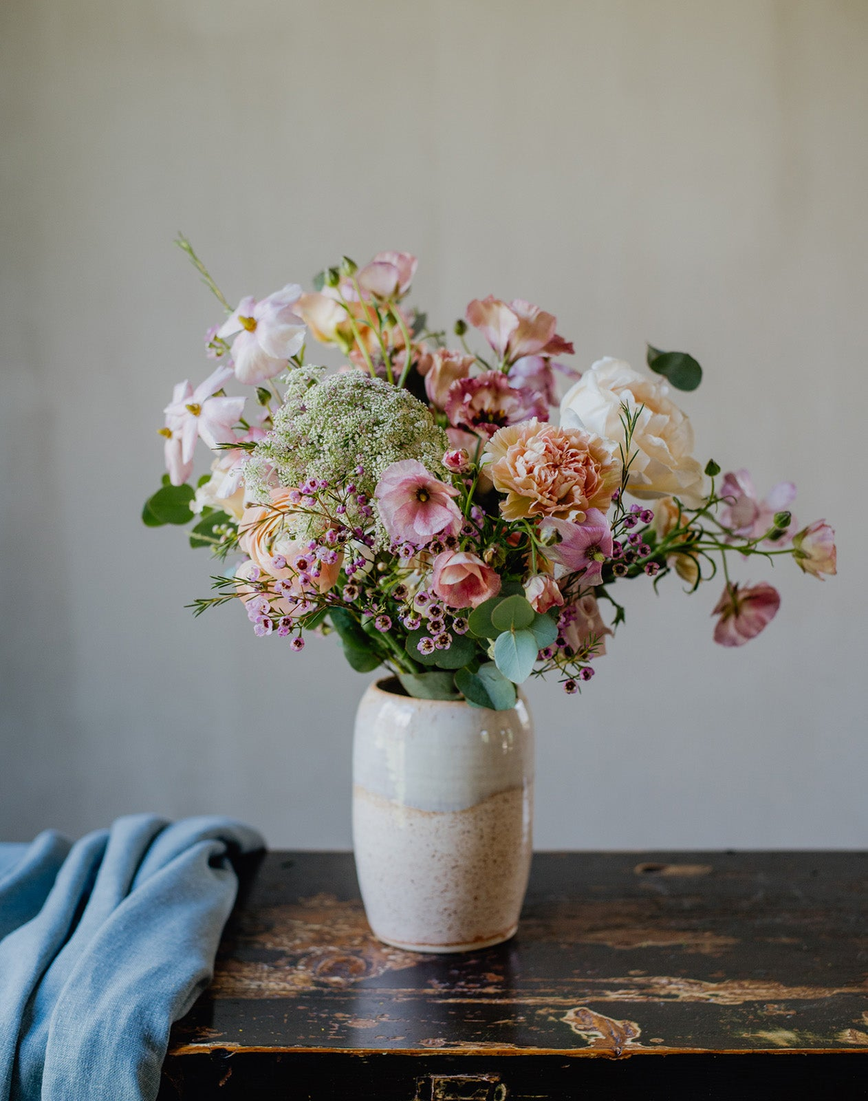 Wild romantic flowers - Medium