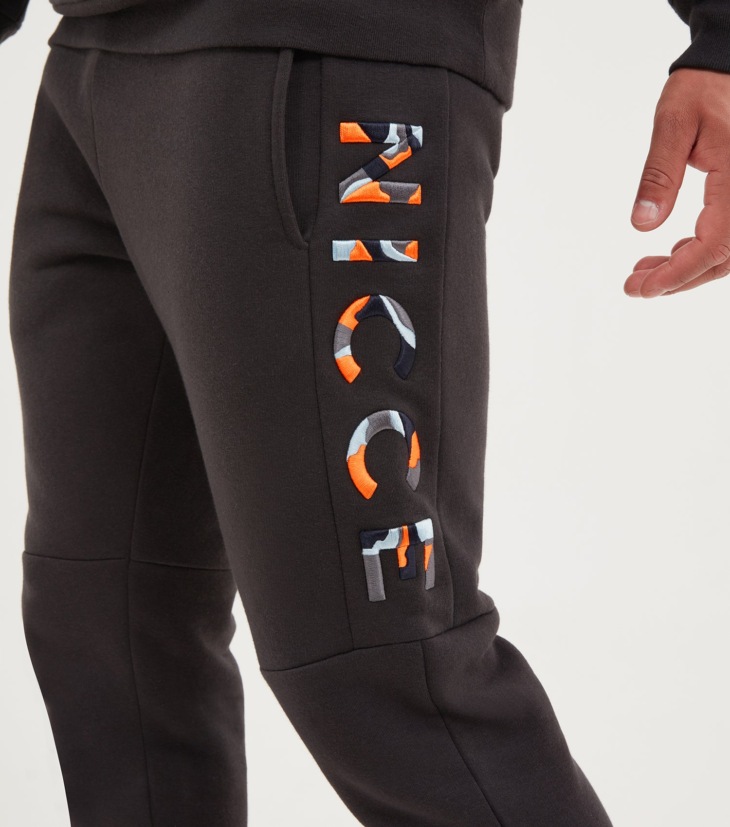 NICCE Mens Saturn Joggers | Coal