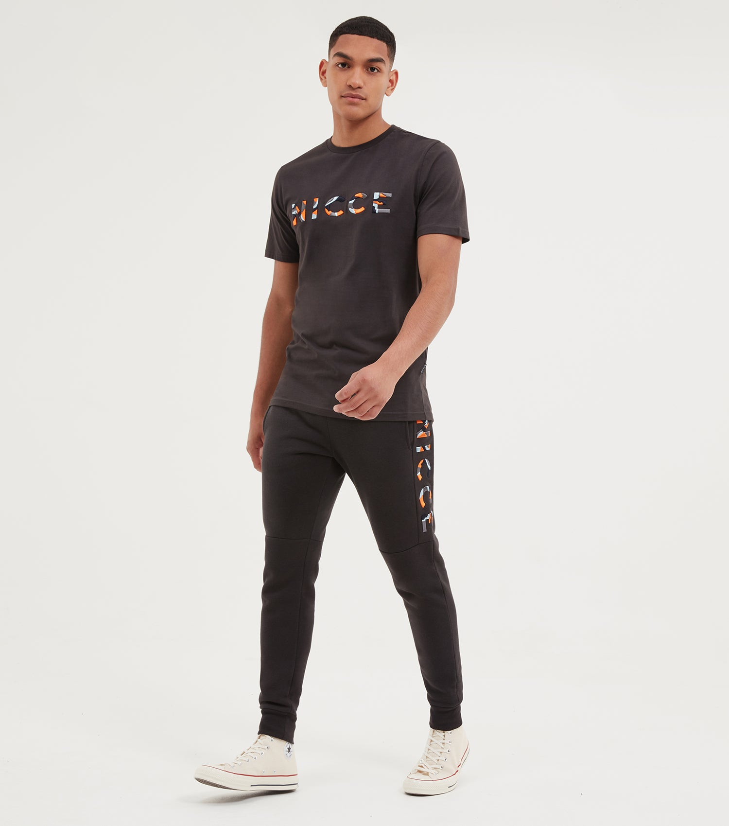 NICCE Mens Saturn Jogger | Coal