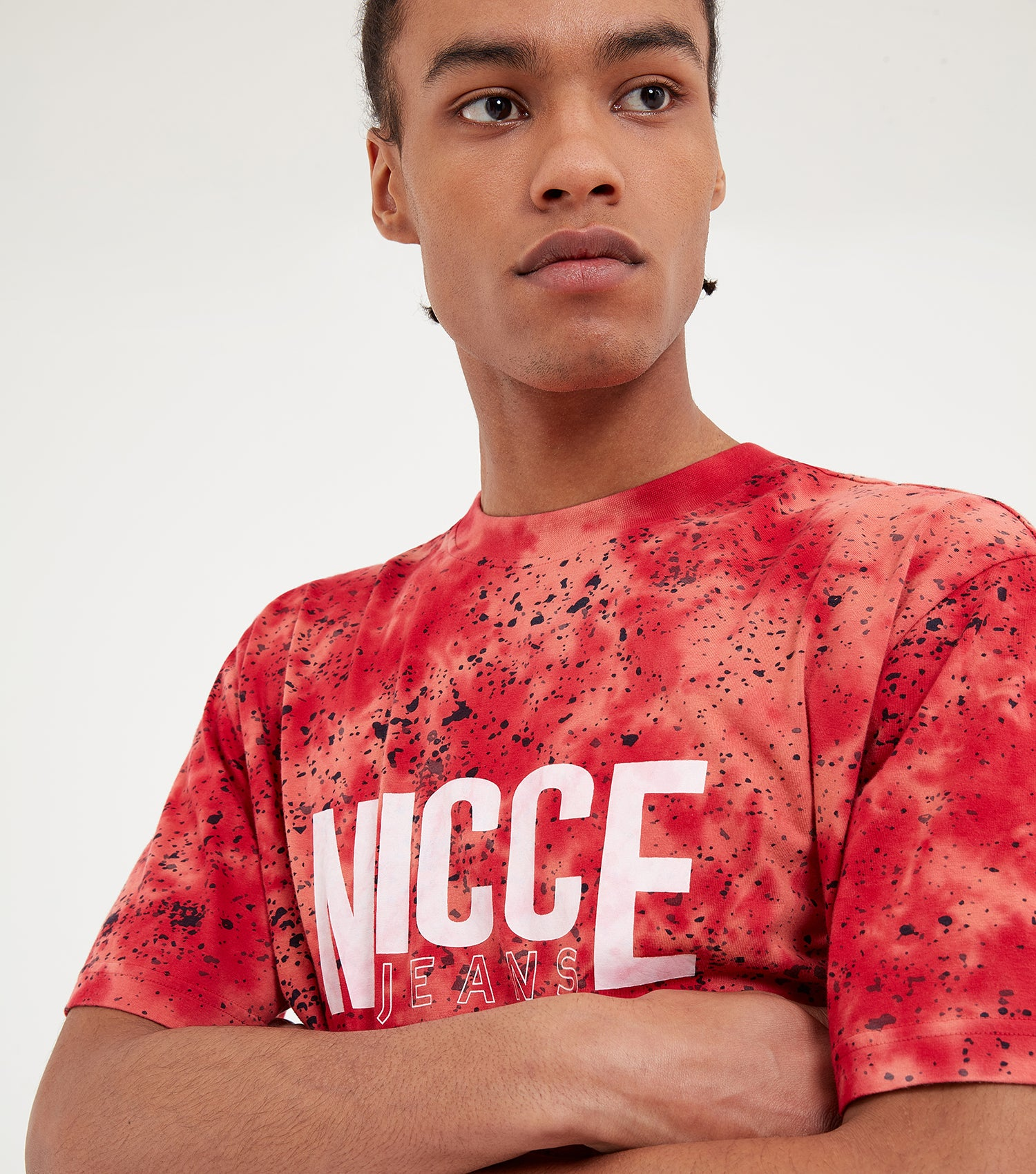Nicce Mens Tie Dye OS T-Shirt | Holly Berry, T-Shirts