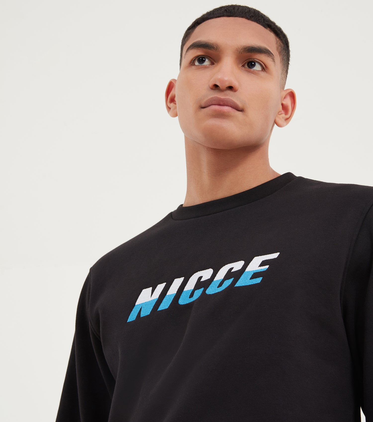 NICCE Mens Vale Sweat | Black/ French Blue