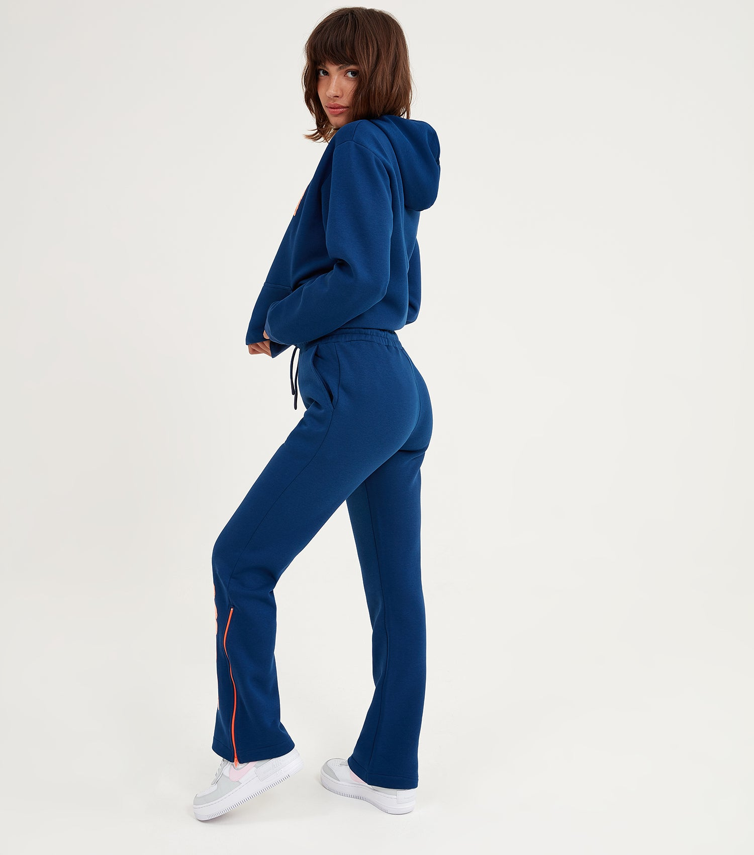 NICCE Womens Genesis Jogger | Blue Depths/ Fiery Coral