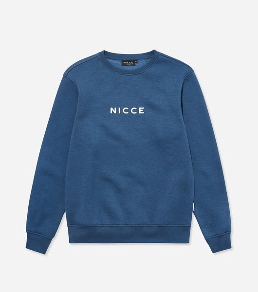 This majorca blue sweatshirt is made from a soft cotton mix and features the classic NICCE logo across the front. A casual, comfortable fit with a round neckline and long sleeves makes this sweatshirt a great layering piece, essential for every wardrobe.