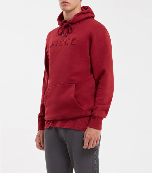Mercury overhead hood in merlot. Features raised embroidered tonal chest logo, hood drawstrings, elasticated cuffs and waistband. Pair with joggers.