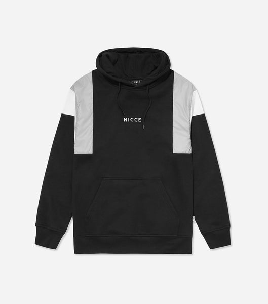 Barrio hood in black. Features reflective contrast panels, printed reflective logo, overhead hood with drawstrings, elasticated cuff and hem. Pair with denim.