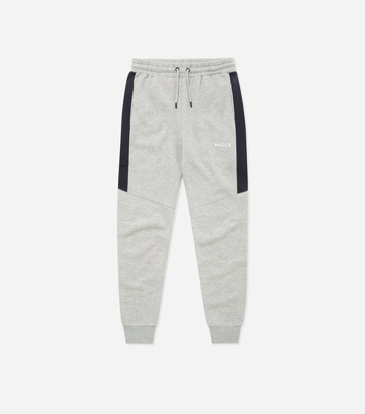 Sprint jogger in grey marl. Features panneling for fitted shaping, two colour panelling, small badge branding. Pair with hood.