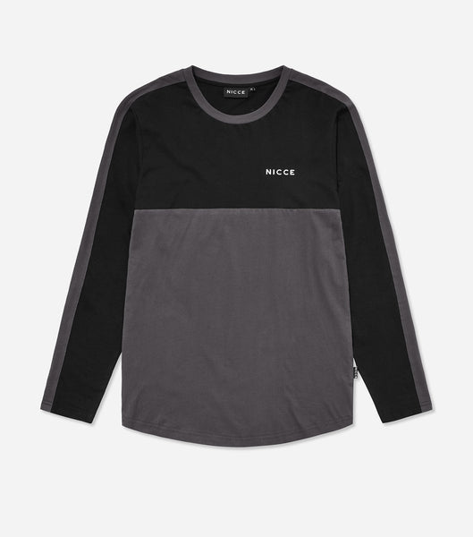 Shale long sleeve t-shirt in black. Features long sleeves, two colour paneling, crew neck, printed logo.