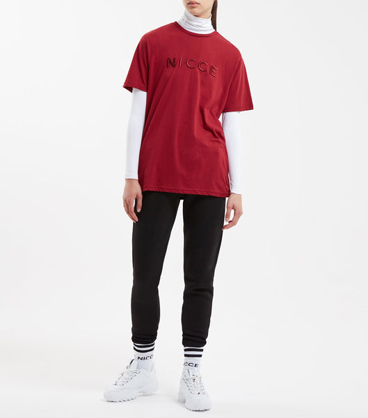 Mercury t-shirt in merlot. Featuring crew neck, short sleeves with raised embroidered branding.