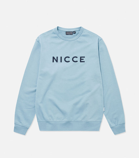 Lithium crew neck sweatshirt in navy and blue. Features crew neck, loopback material, long sleeves and embroidered logo. Pair with joggers or denim.  Details: Navy and blue Sweatshirt Embroidered logo 100% Cotton #NICCE