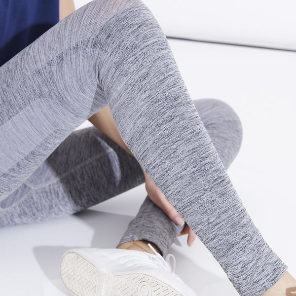 products/LNDR_Eleven_Grey_Leggings.jpg