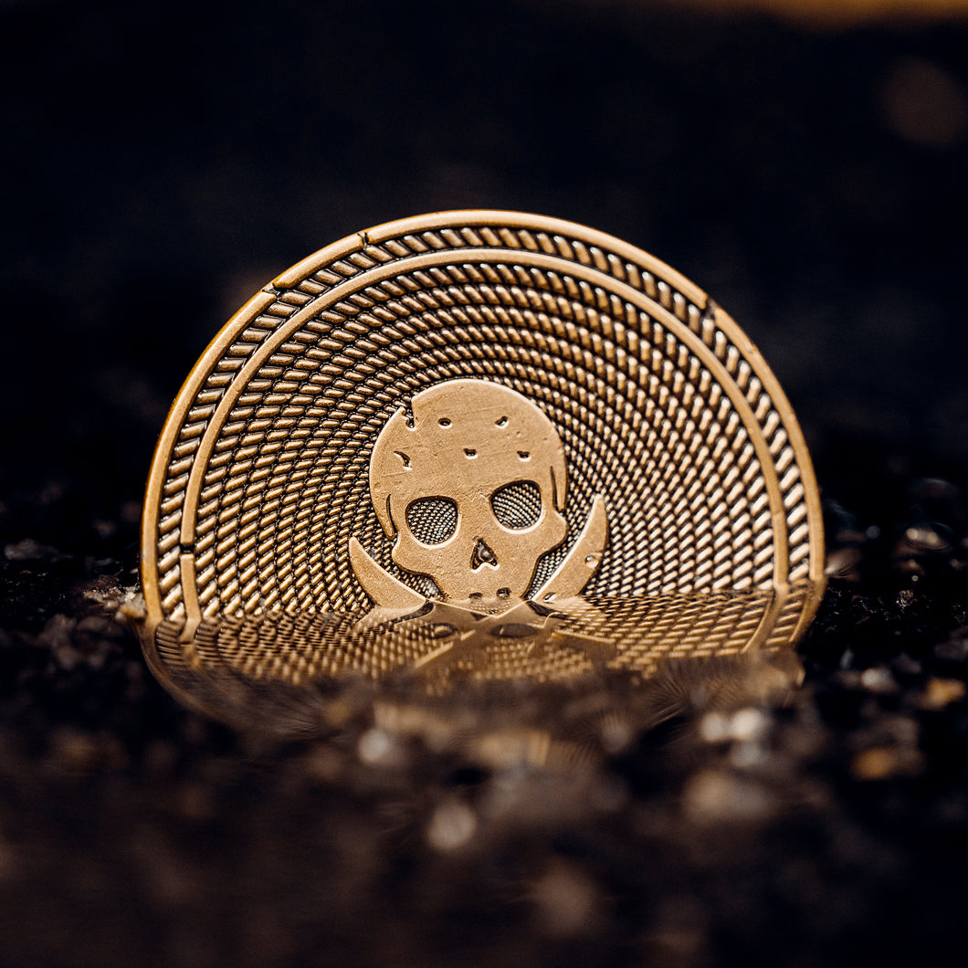Pirate Coin - Enter Ship (GOLD/BLACK)