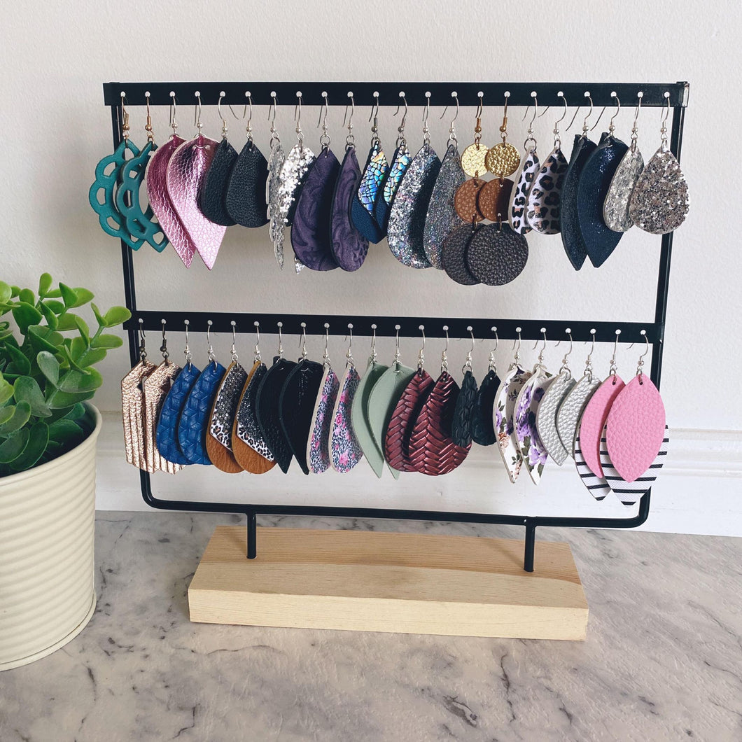 STORAGE // Earring Stand
