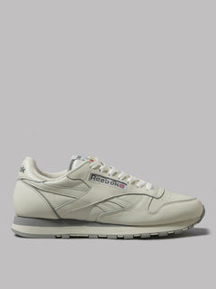 Reebok Cl Leather 1983 (Tv Chalk / Paperwhite / Car)