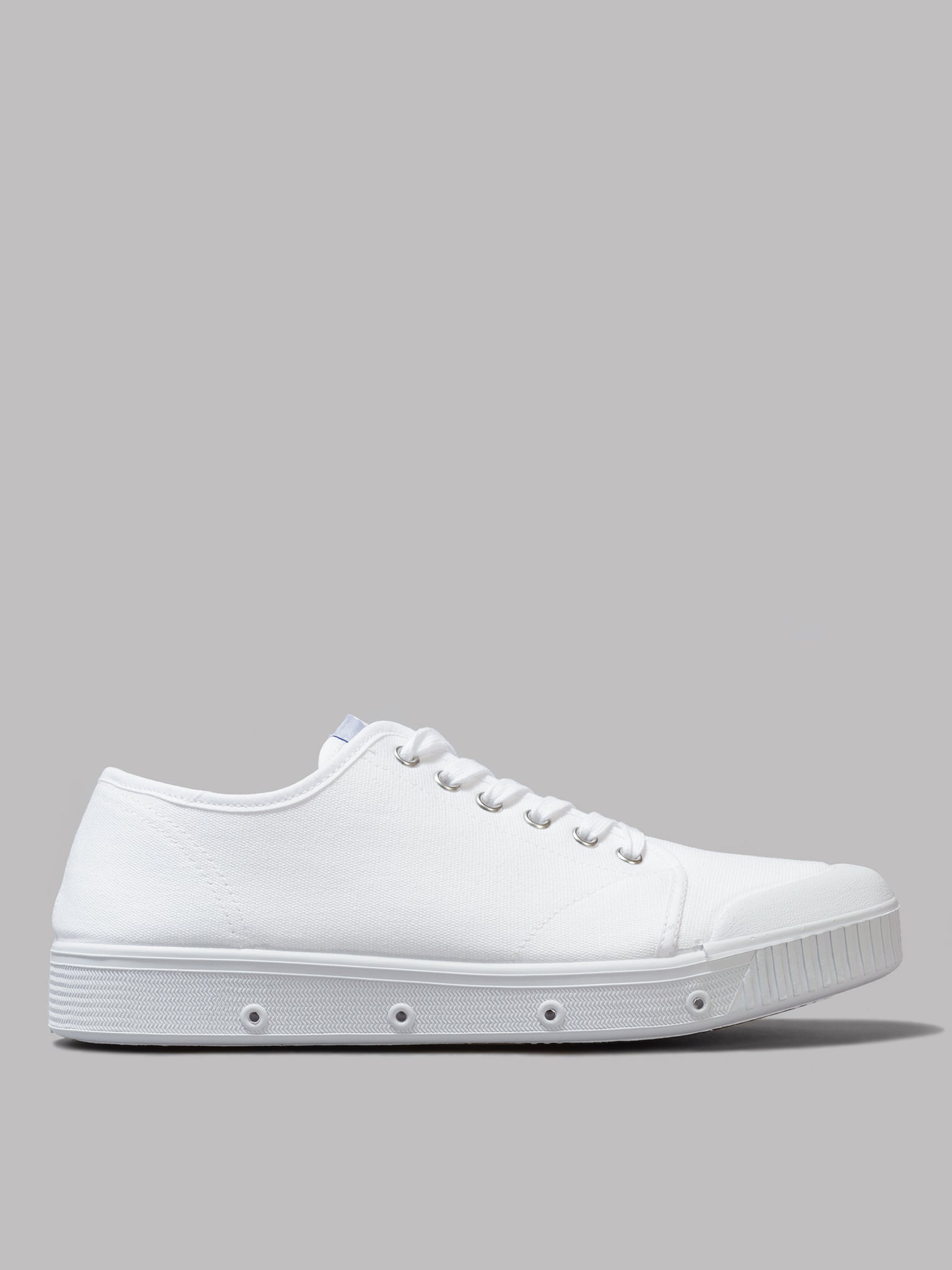Spring Court G2 Classic Canvas (White