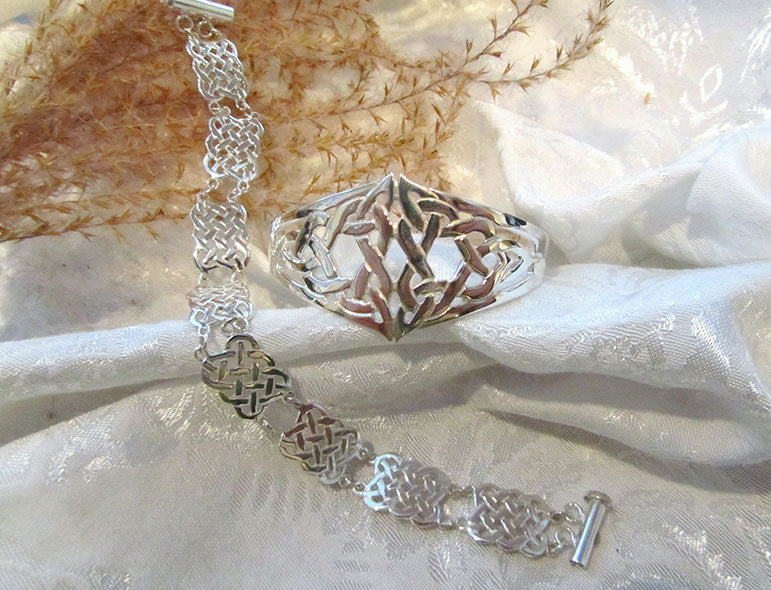 Celtic Triangle Bracelet