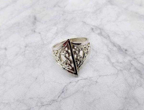 celtic triangle motif ring