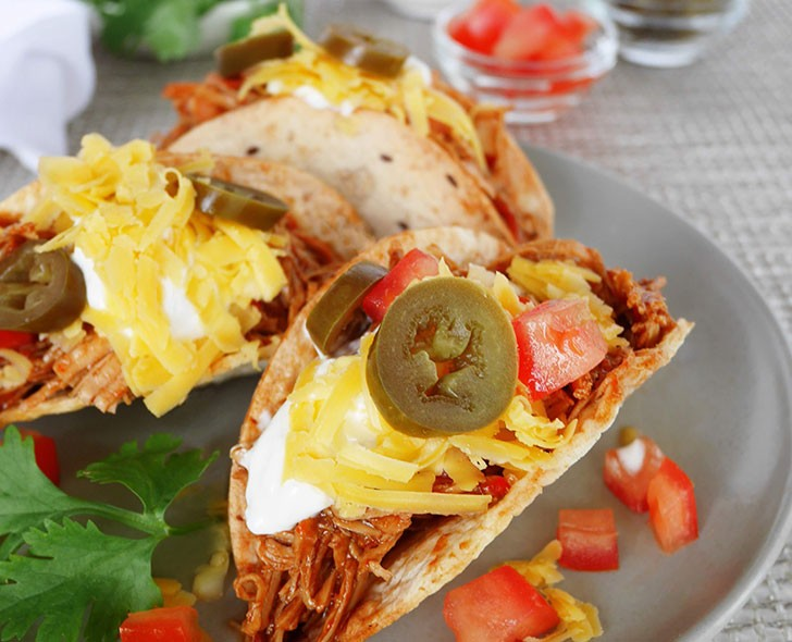 Shredded bbq chicken tacos