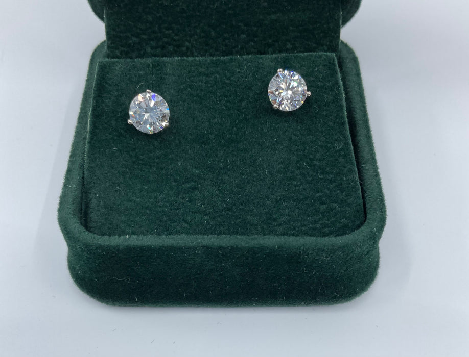 14kt White gold lab created 2ctw diamond stud earring with screw on backs