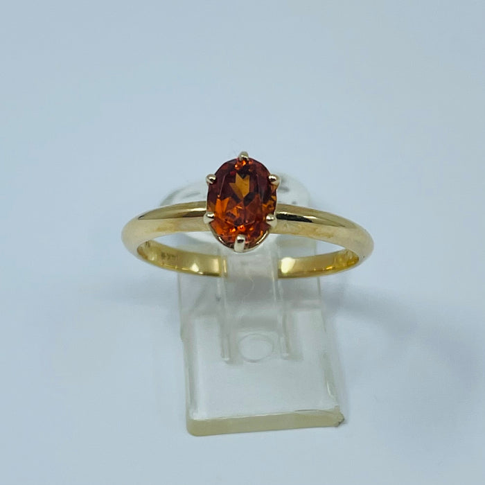 14kt Yellow Gold fine color Garnet Ring