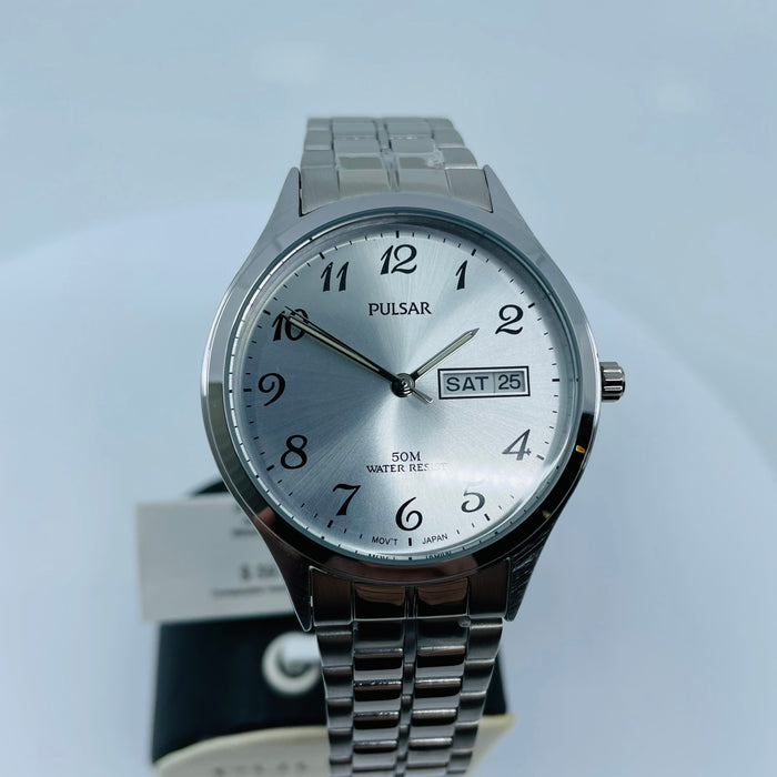 Gents silver tone dial watch PV3 013X