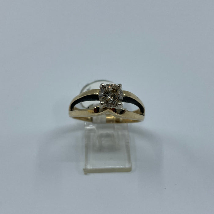 14kt Yellow Gold chocolate colored solitaire
